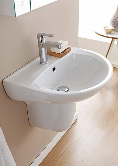 Bathroom Sinks Amp Wash Basins Uk Collection Qs Supplies
